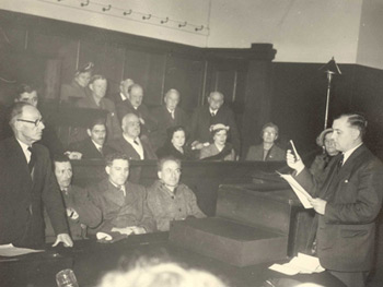 Dr Cyril Hart taking the Verderers oath. 18/11/1952